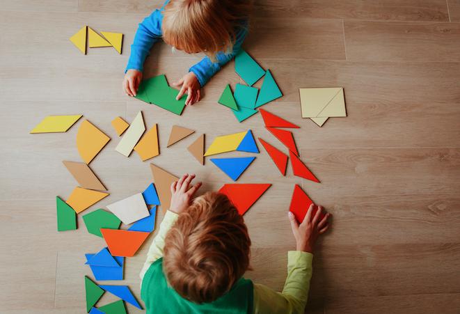 Enfants jeux tangram